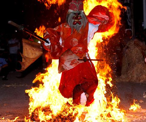 火祭りの様子